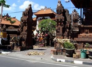 Tigers Guard Temple